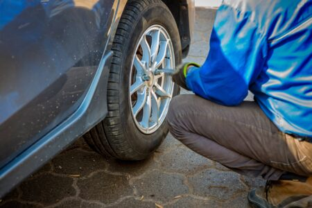 Seasonal tyre replacement